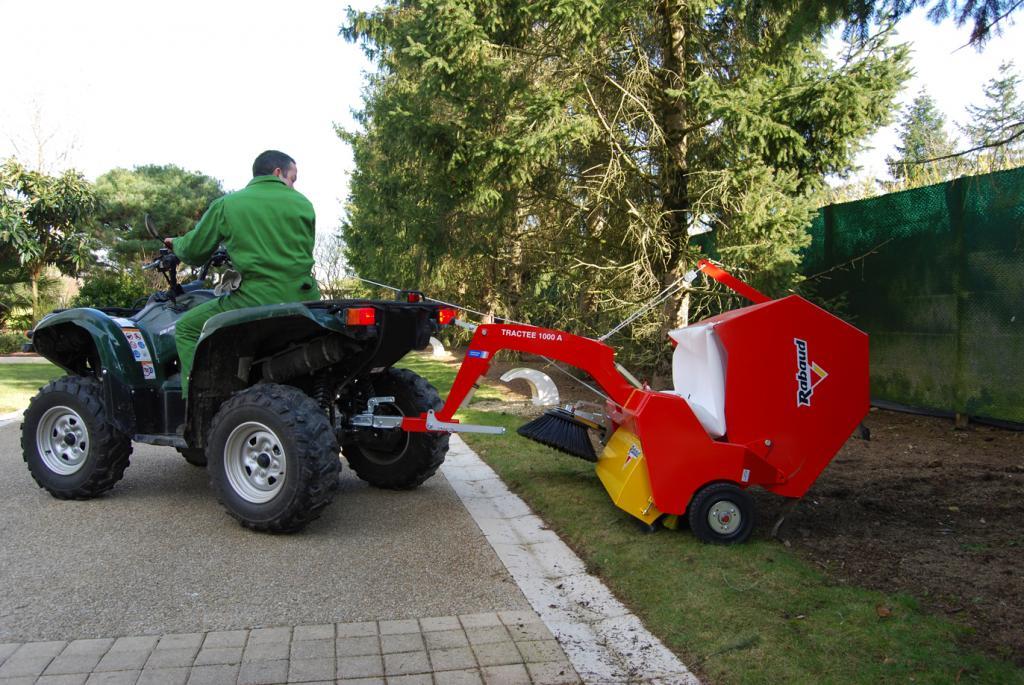 Balayeuse ramasseuse tract e servaty - Ramasse herbe pour tracteur tondeuse ...